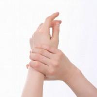 手のしびれ、腕のしびれ