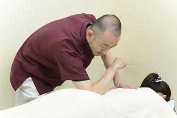 慢性腰痛の施術